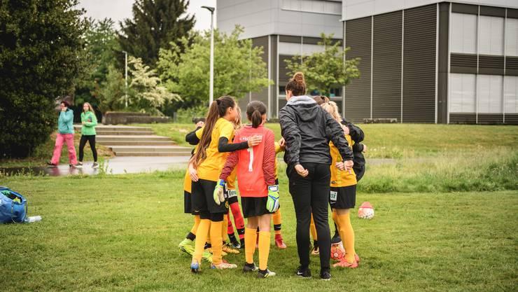 Team-Besprechung vor dem Spiel...