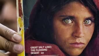 """Durch ein Titelbild des Magazins """"National Geographic"""" wurde die Afghanin Sharbat Gula weltberühmt. (Archiv)"""