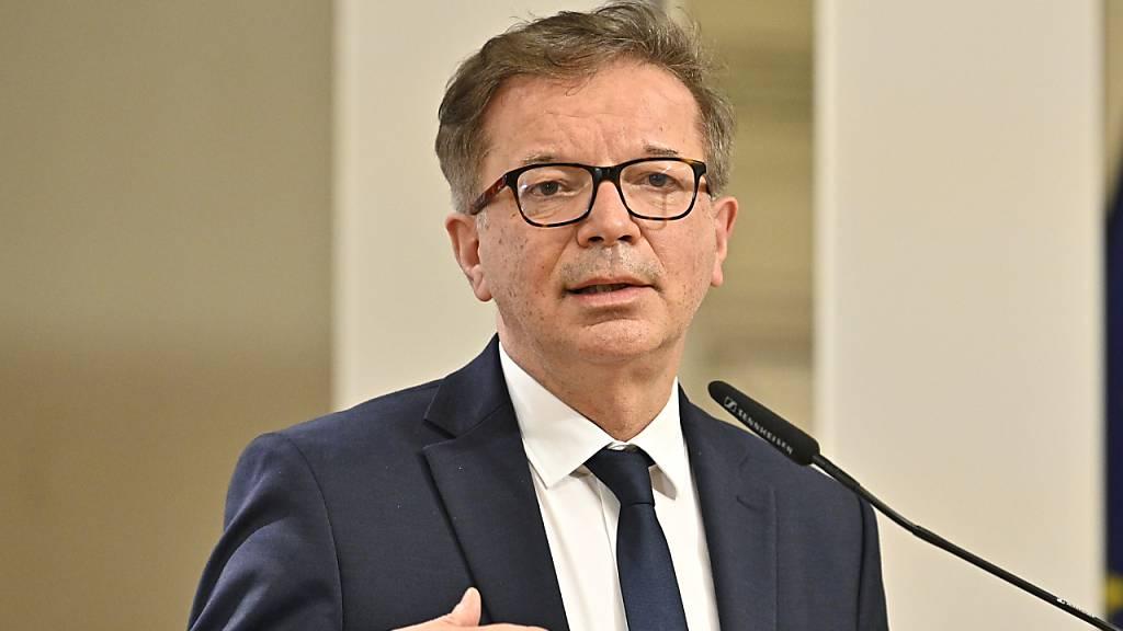 Rudolf Anschober (Grüne), Gesundheitsminister in Österreich. Foto: Hans Punz/APA/dpa