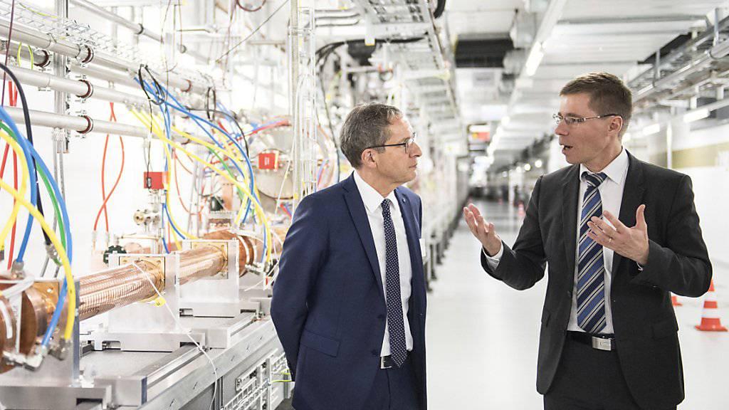 Vom Paul Scherrer Institut in Villigen AG nach Zürich: Physikprofessor Joël Mesot (rechts) übernimmt das Präsidium der ETH.