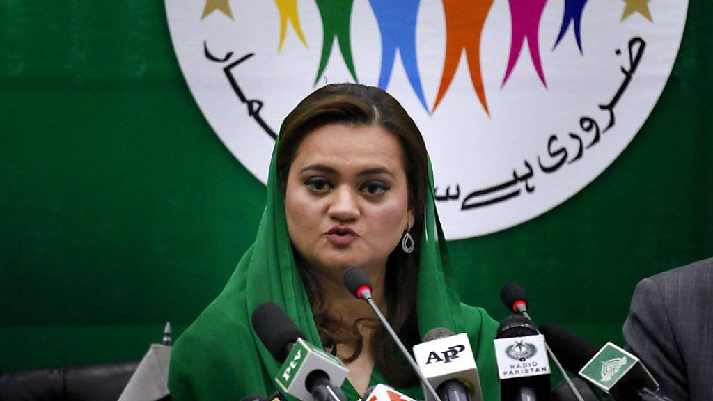 Pakistans Informationsministerin Maryam Aurangzeb kündigt die Volkszählung im Lande an.