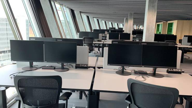 """Die neuen Arbeitsplätze im """"The Circle"""" für die Mitarbeitenden der Zürich Flughafen AG."""