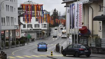 Das Triangeli macht sich auch über die Wohler Zentralstrasse lustig.