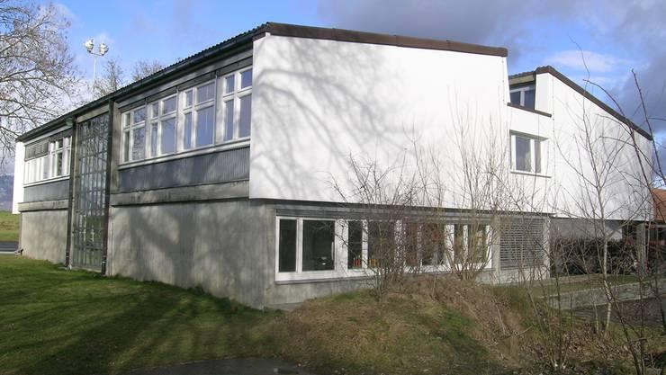 Das neue Schulhaus in Hessigkofen ist verkauft.