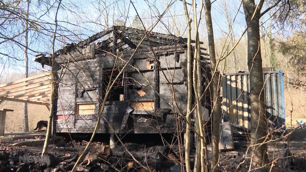 Gezielt in Brand gesteckt? Hornusserhütte in Wiedlisbach schon wieder abgebrannt