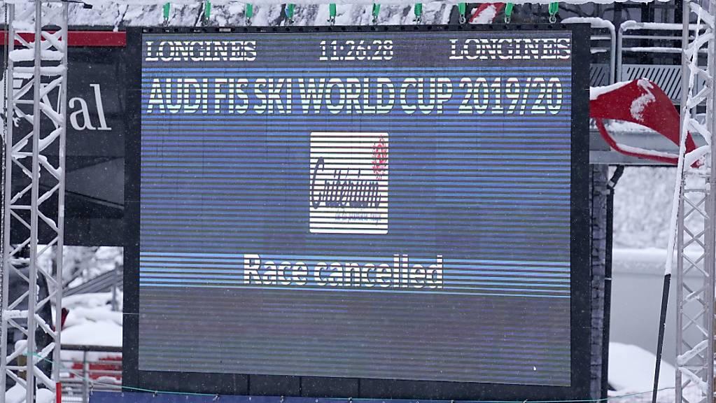 «Race cancelled» auch in den französischen Alpen: Die Frauen können in Val d'Isère nicht zur Abfahrt starten.