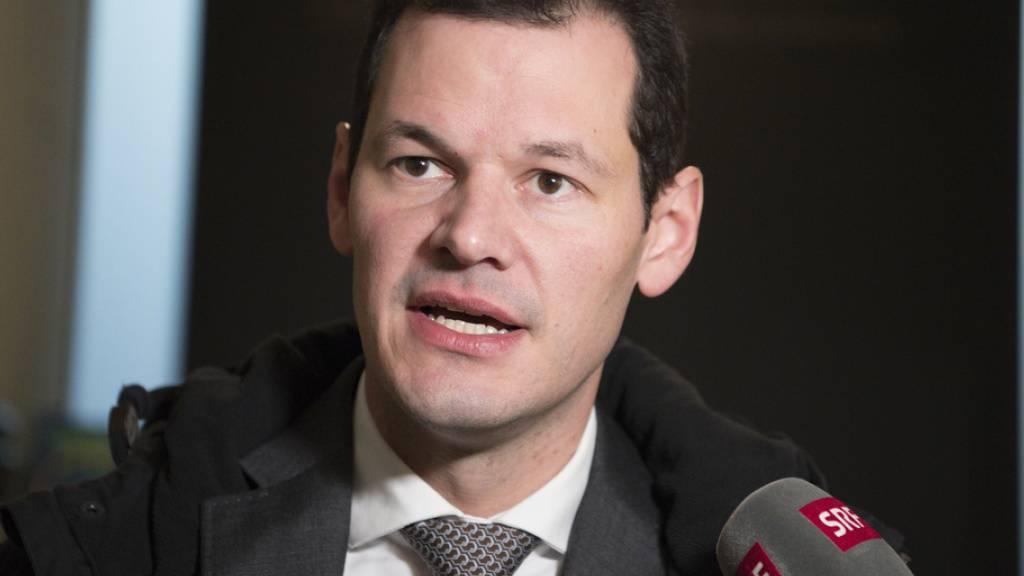 Der geplante Prozess gegen Staatsrat Pierre Maudet könnte sich verzögern. Ein Mitangeklagter fordert weitere Ermittlungen. (Archivbild)