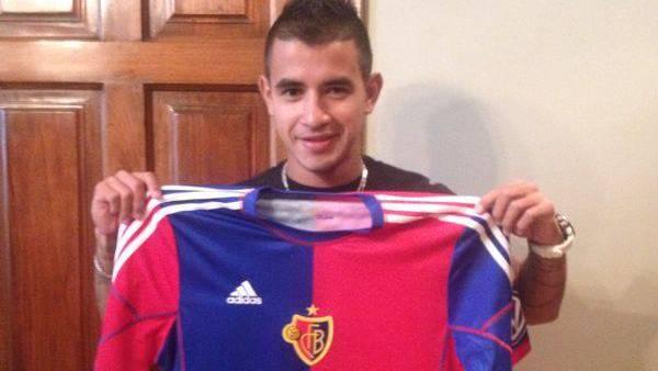 Ab der nächsten Saison wird González nicht mehr rot-weiss, sondern rot-blau tragen. Bienvenido!