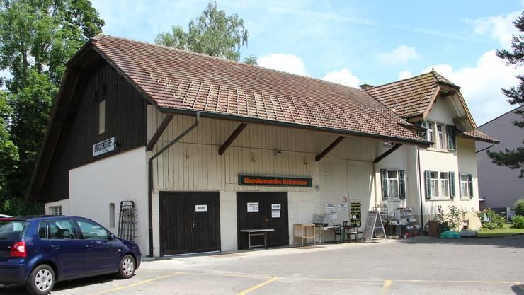 Die Brockenstube und das Wohnhaus sollen einer Demenzabteilung des Alterszentrums Schiffländi Platz machen.