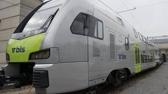 Der neue Doppelstockzug der BLS für die S-Bahn Bern