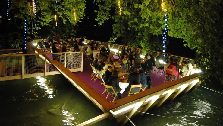 An der diesjährigen Badenfahrt dürfen die Beizen Tischreservationen entgegennehmen –  dies war bei früheren Badenfahrten und auch am Stadtfest 2012 untersagt.