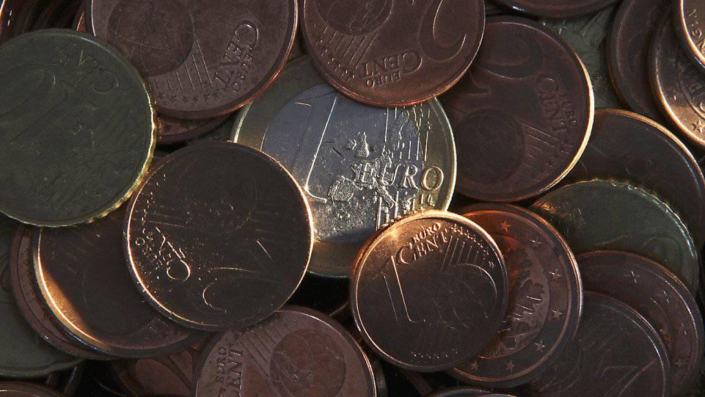 Nicht nur Euros liegen in Schubladen Deutschlands, sondern auch frühere D-Mark. (Symbolbild)