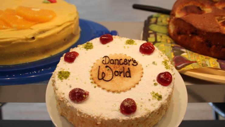 bei Dancer's World ist alles Kuchen, was glänzt