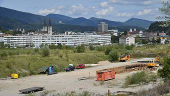 Die Vorbereitungsarbeiten in SüdWest für den Auftritt von Karl's kühner Gassenschau haben schon begonnen.