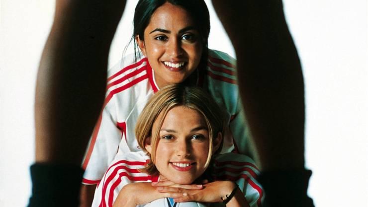 Mädchenfussball am Staats-TV. ho