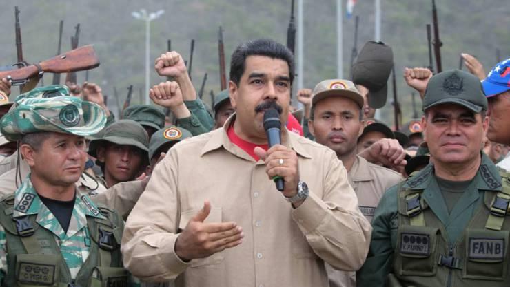 Militärs in Venezuela sollen 2014 einen Putsch gegen ihn geplant haben: Staatschef Nicolás Maduro. (Archivbild)
