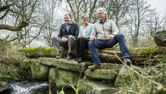 Bei der Lancierung der Wald-Initiative vor knapp drei Jahren waren sie noch voller Hoffnung: Oliver Frey, Präsident des Aargauischen Försterverbandes, SVP-Grossrätin Vreni Friker und Förster und Initiant Urs Gsell (von links nach rechts).