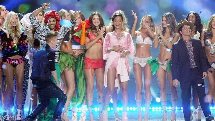 Rihanna und Justin Bieber in New York bei der Victoria's Secret-Show
