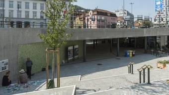 Unter dem Dach der Badener Cordulapassage existiert seit Anfang September eine offene Bühne.