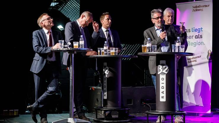 Die Solothurner Ständerats-Kandidaten beim Podium (v.l.): Pirmin Bischof, CVP, Stefan Nünlist. FDP, Christian Imark, SVP, Roberto Zanetti, SP, und Felix Wettstein, Grüne.