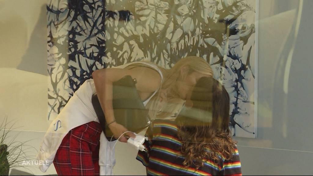 Tamynique: 24 Stunden im Schaufenster