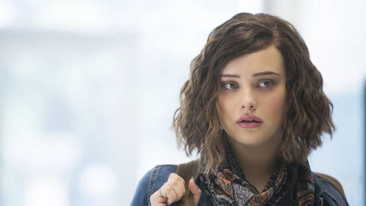 Hannah Baker (gespielt von Katherine Langford) erzählt in der Serie «13 Reasons Why», 13 Gründe, warum sie Suizid beging.
