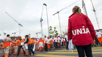 Die Unia demonstriert gegen Lohndumping