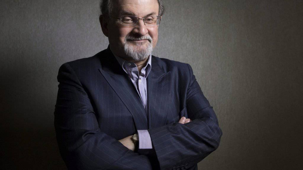 Salman Rushdie mischt sich auch in amerikanischen Wahlkampf ein (Archiv)