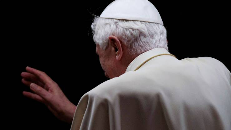 Papst Benedikt XVI. hat keine Kraft mehr.
