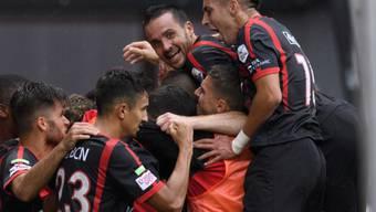 Neuchâtel Xamax bleibt nach dem deutlichen 4:1-Sieg gegen Wohlen dem Tabellenführer FC Zürich auf den Fersen