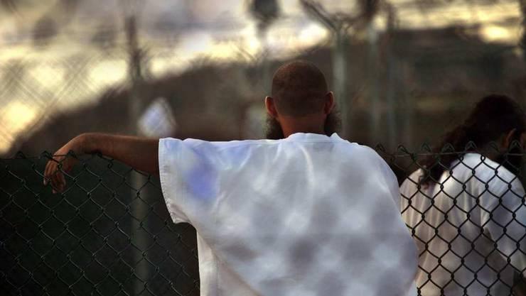 Ein Insasse im US-Gefangenenlager Guantanamo-Bay. (Archiv)