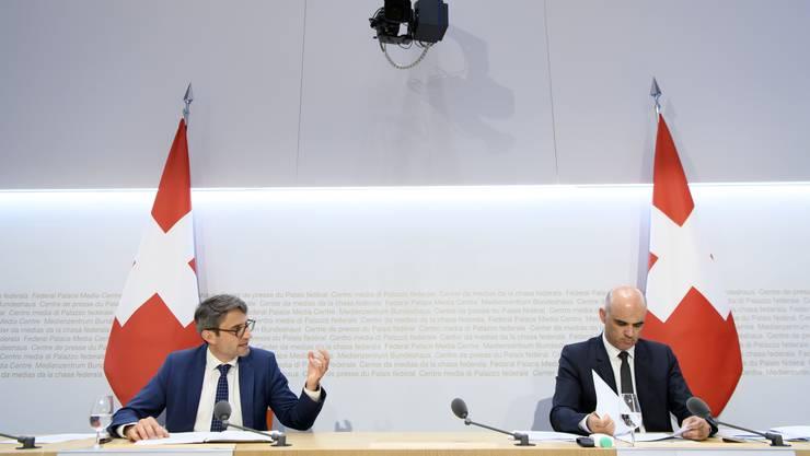 Lukas Engelberger und Alain Berset informierten am Donnerstag über den Austausch.