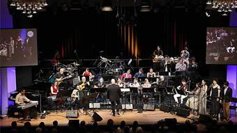 Das Swiss Youth World Music Ensemble unter der Leitung von Tim Akers im Projekt «Gumbo with Chutney» am Freitagabend im KuK Aarau. Foto: Robert Reding