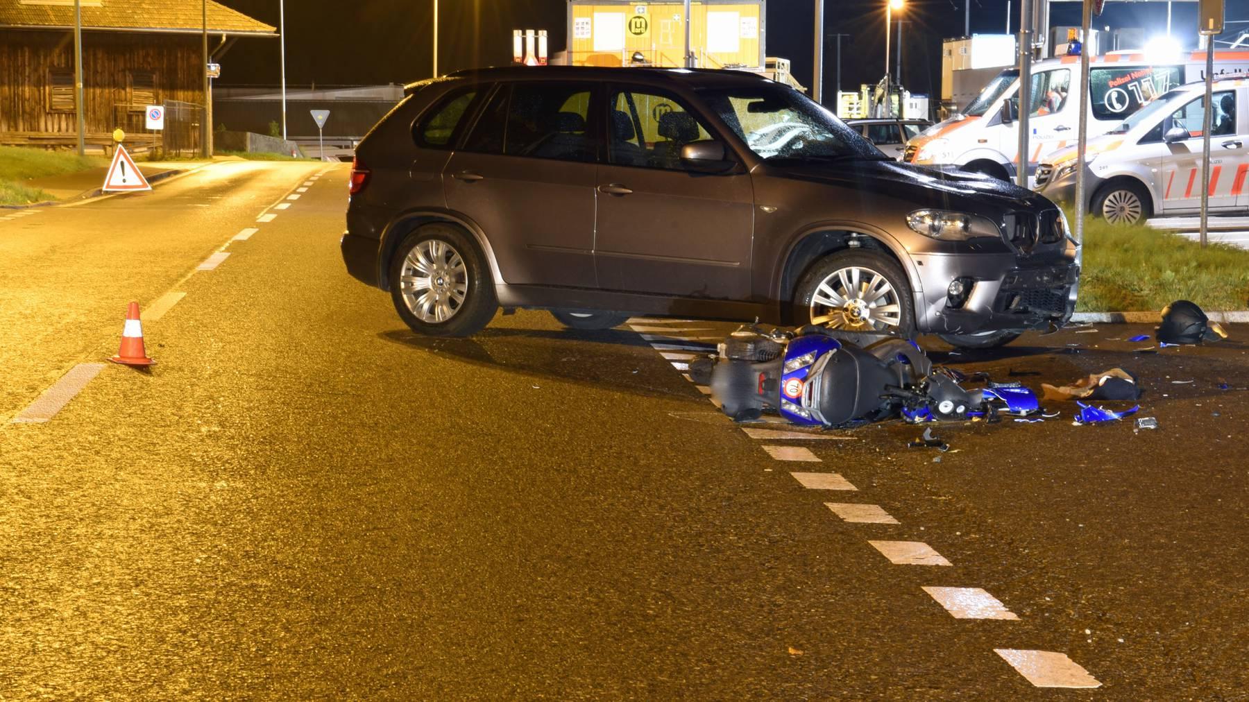 Der Motorradfahrer musste schwer verletzt ins Spital gebracht werden.