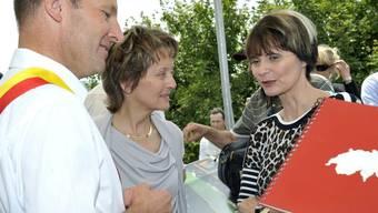 Bundesrätinnen treffen Gemeindepräsidenten: Micheline Calmy-Rey, Eveline Widmer-Schlumpf, Serge Dal Busco (v. r.)