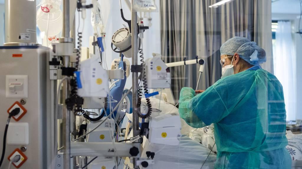 Gesellschaft für Intensivmedizin ruftRisikogruppen auf, sich Gedanken zu Patientenverfügungen zu machen