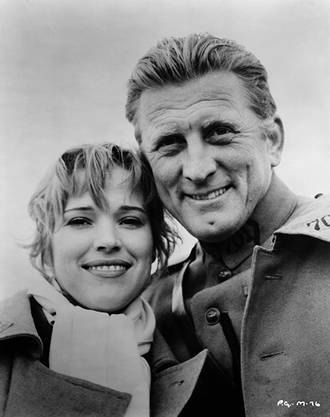 Kirk Douglas und Christiane Kubrick in «Paths of Glory» von Stanley Kubrick, 1957