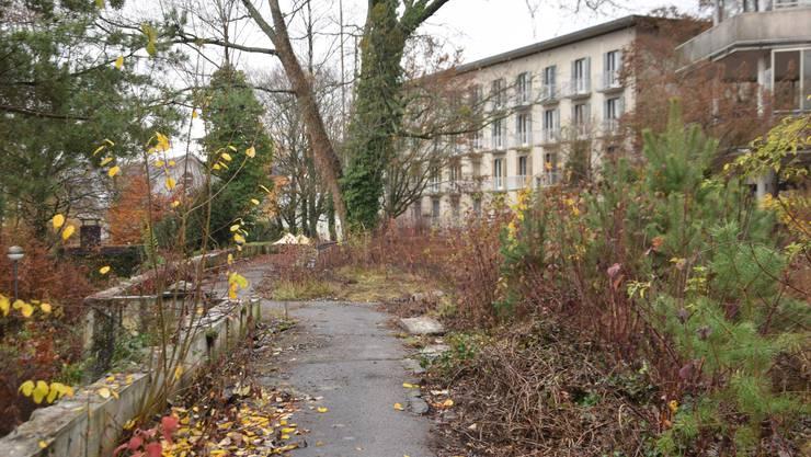Abbruchreif: Das alte Grenchner Spital und seine Umgebung