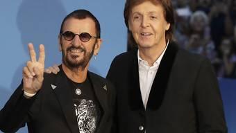 "Paul McCartney und Ringo Starr am Donnerstag bei der Weltpremiere der Beatles-Doku ""Eight Days a Week""."