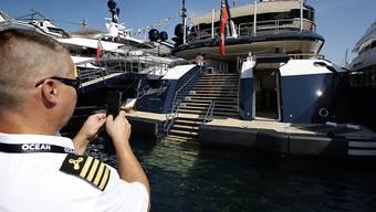 Jachten und Champagner: Rund um den Globus gab es im vergangenen Jahr insgesamt 18 Millionen Dollar-Millionäre. (Symbolbild)