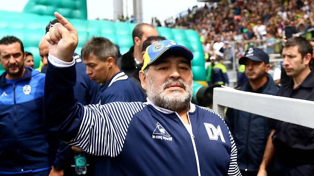 Die Ära von Diego Maradona als Trainer von Gimnasia y Esgrima endet nach nur acht Spielen.