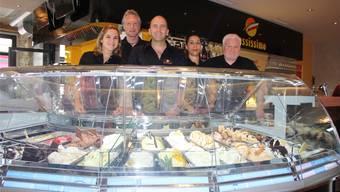 Ein Teil des «Russissimo»-Teams (v. l.): Aline Dissler, Gino Capuzzello, Toni Russo, Saida al Achlam und Giovanni Recupero. ww
