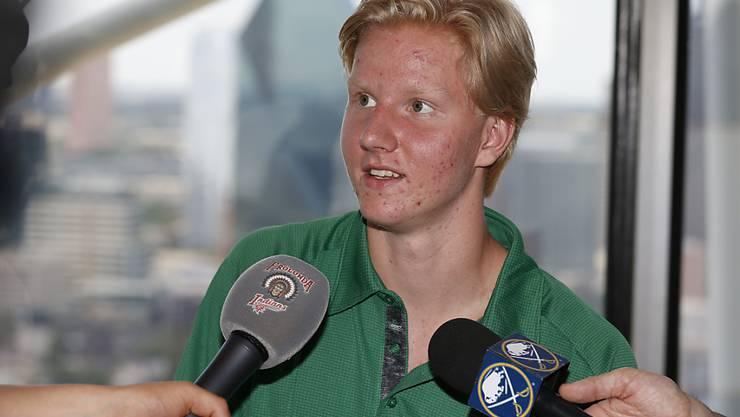 Rasmus Dahlin gibt die ersten Interviews