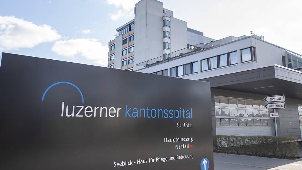 Das Personal des Luzerner Kantonsspitals und der Luzerner Psychiatrie verhandelt über einen Gesamtarbeitsvertrag. (Archivbild)