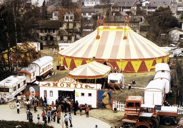 Alte Aufnahme vom Circus Monti