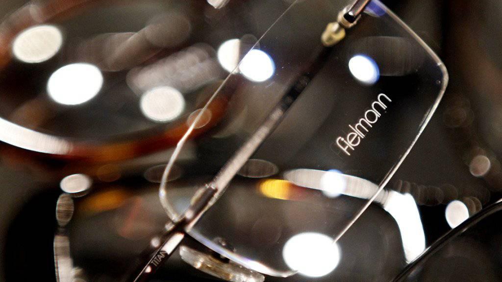 Der heisse Sommer hielt die Fielmann-Kunden nicht davon ab, Brillen zu kaufen. (Archivbild)