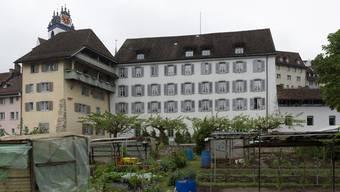 Das Altersheim Golatti liegt am Rande der Altstadt ideal, die alten Mauern lassen aber nur geringe bauliche Veränderungen zu. Alex Spichale