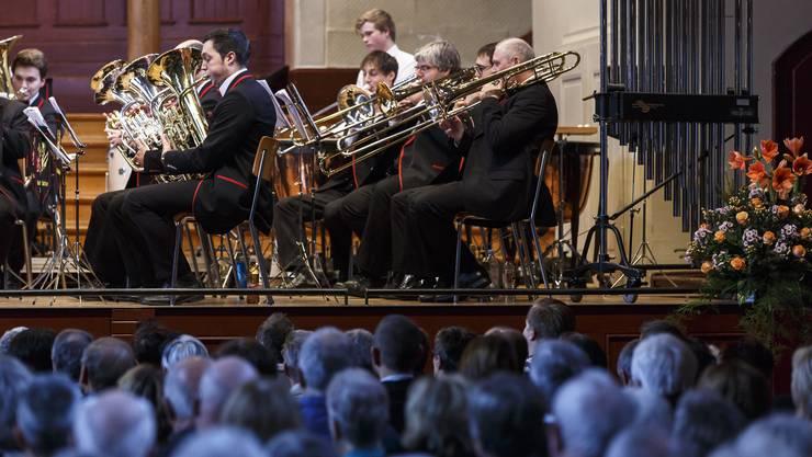 35. Neujahrskonzert der Stadt Solothurn mit Brass Band Solothurn und Wegeso-Gospelchor.