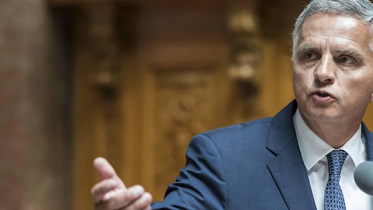 Aussenminister Didier Burkhalter verlässt die grosse politische Bühne. (Archivbild)