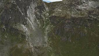 Im steilen Gelände beim Col Termin rutschte die Frau aus und stürzte 100 Meter in die Tiefe.